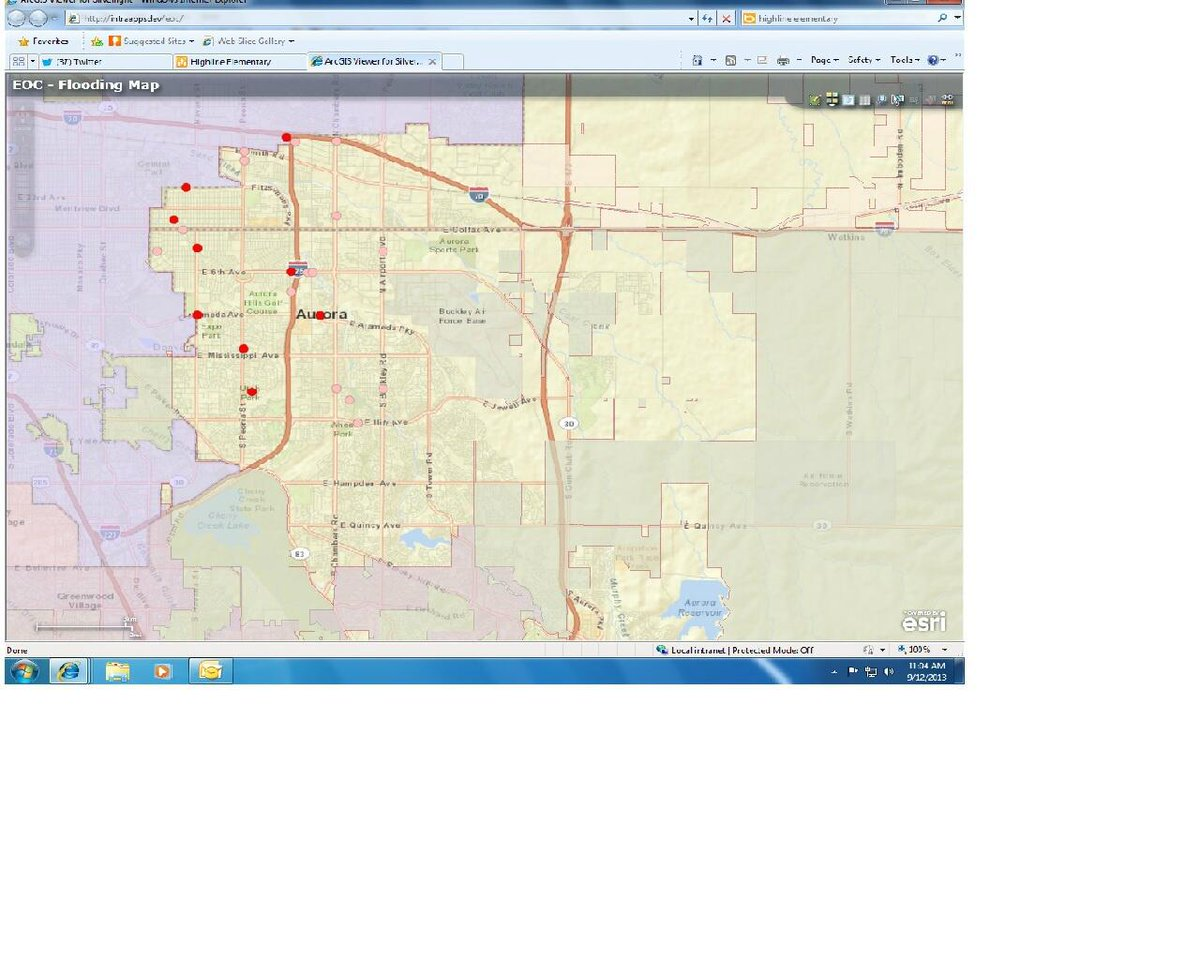 Red dots road closures, pink dots reported flooding at intersections. http://twitter.com/AuroraFireDpt/status/378203868527460352/photo/1