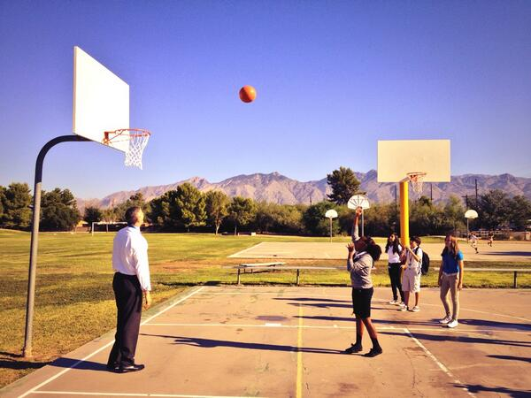 Not scheduled- @arneduncan joins PE to shoot some hoops in Tucson. #edtour13 #letsmove http://twitter.com/chbrenchley/status/377817029971296256/photo/1