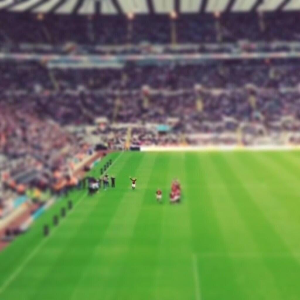 Paulo Di Canio being introduced at St James Park for Steve Harpers testimonial, blows kisses to the fans