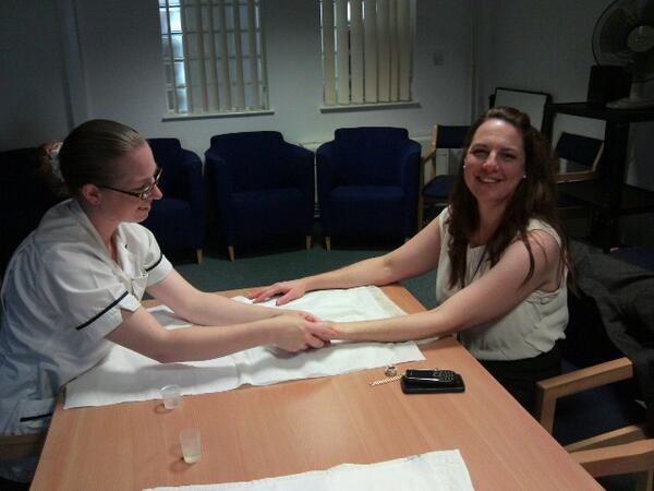 Workforce Development Project Officer Sarah enjoying a massage at our #AGM http://twitter.com/HRODE_SSSFT/status/378099185809391617/photo/1