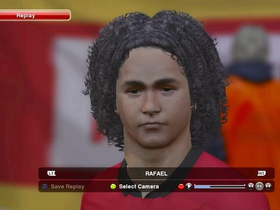 Another EPIC Konami graphics FAIL! This is their attempt at Man Uniteds Rafael