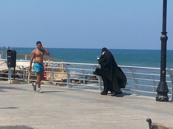 RT @MarcoClementi: Beirut, lungomare http://t.co/fTVT2fPFNx
