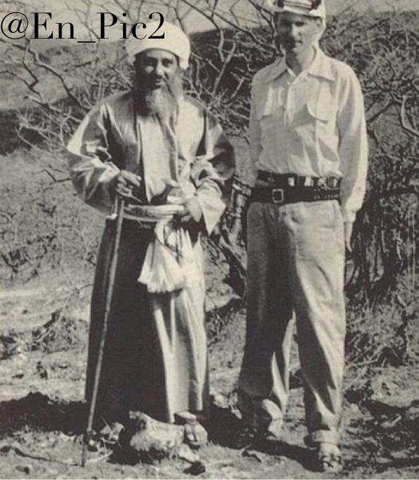 قصة السلطان قابوس مع والده
