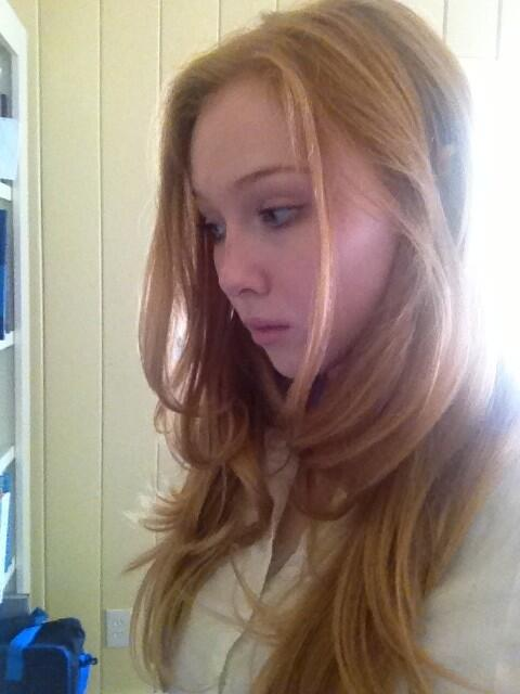 molly c quinn on twitter everyone is at dragoncon i feel super