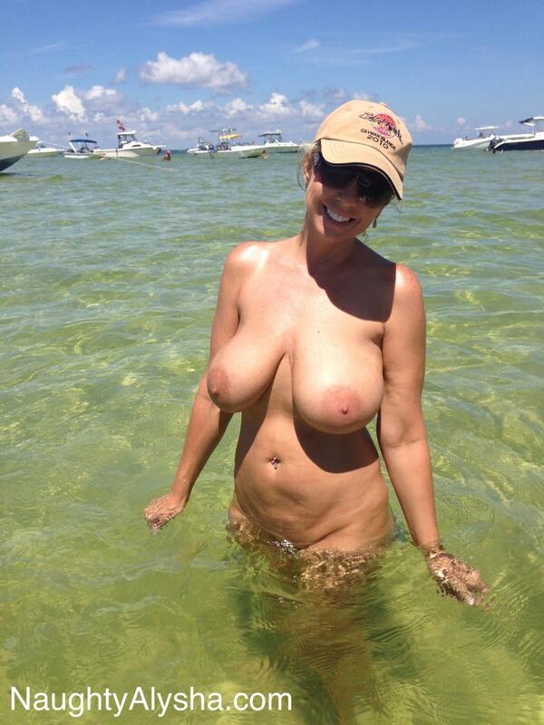 Amature boob pictures