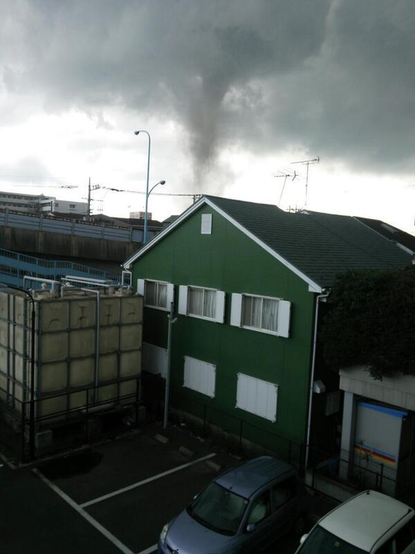 埼玉県せんげん台の職場のすぐ近くに竜巻発生