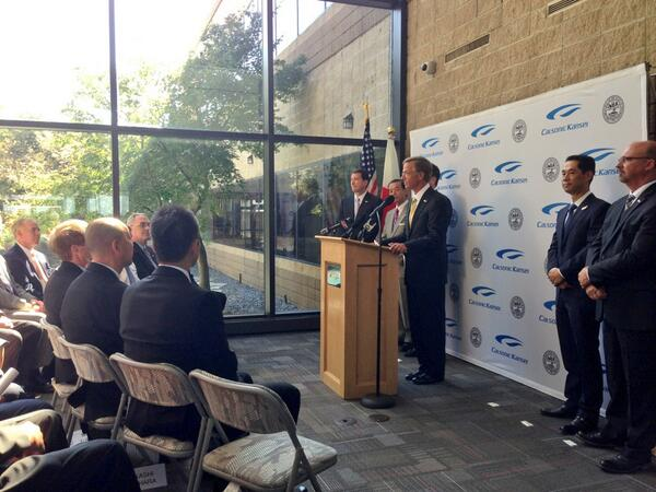 TN Gov. Bill Haslam at Calsonic jobs announcement