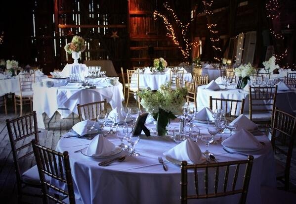 Mandana Barn On Twitter Labor Day Weekend Wedding Could The Look More Beautiful Than This Tco IDLf3hD4SU
