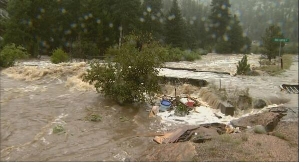 Scary-looking flooding pictures coming into the newsroom right now from @CBS4Jeff in Estes Park. #cofloods http://twitter.com/CBSDenver/status/378271910993199105/photo/1