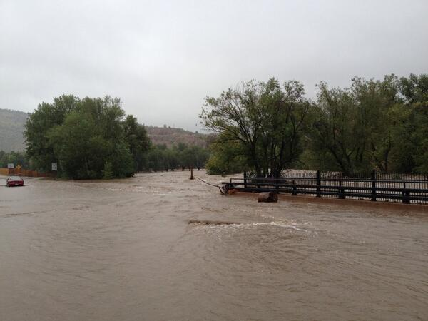 I'm in the cut-off town of Lyons. Water surrounds it. http://twitter.com/TrevorHughes/status/378287960480694272/photo/1