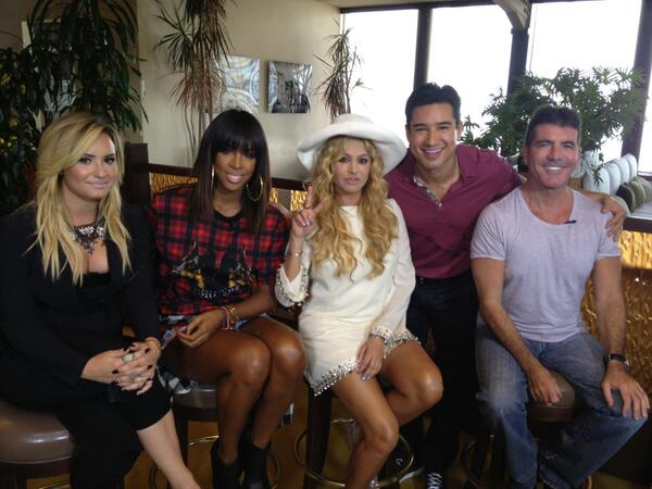 With my @TheXFactorUSA team excited about our season premiere next Wednesday Sept 11 8pm on FOX!  #6MoreDays http://t.co/0t16ZwL67Z