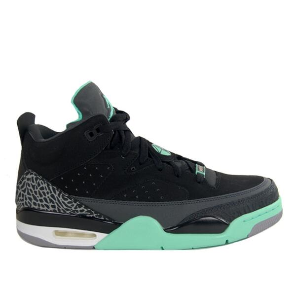 new product 84e71 232d6 Launching online 08 00BST Saturday 7th September Nike Air Jordan Son of Mars  Low  Green Glow - £115  nike  jordanpic.twitter.com 54BY1p67h2
