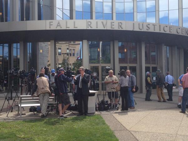 Media wait for post-arraignment press conferences. #hernandez #FallRiver http://twitter.com/Will_Richmond/status/376043043725803520/photo/1