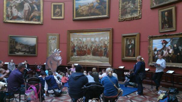 Gruffalo Grooves @BM_AG is in full swing! Lovely to see so many people joining in @BMAGKids @BirminghamCivic #bham4sq http://twitter.com/SaminaKosar/status/376657462684033024/photo/1
