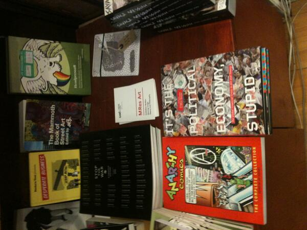 #JustBeforeIsleep would conveniently find a wee home between other interesting books http://twitter.com/Querstret/status/376834637391081473/photo/1