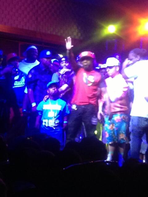 @_kay_shine brought a midget on stage since @ARSONALDAREBEL hates midgets... @urltv #SummerMadness3 #SM3 http://t.co/cQ0G33t2sc