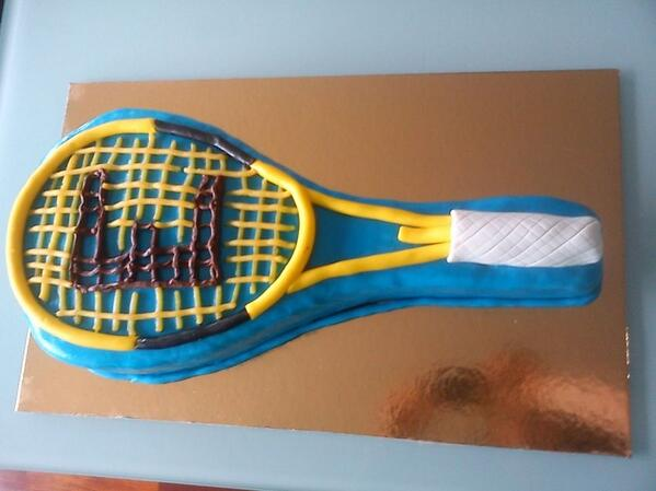 The Cake S Alive On Twitter Squash Racket Cake Cakedesign Cake