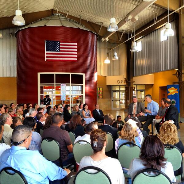 We're closing out day one of #edtour13 w/ a townhall in Socorro, NM, talking abt need for broadband in all schools http://twitter.com/usedgov/status/377204836497756160/photo/1