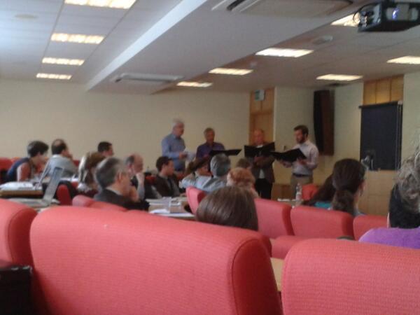 John Potter and co sing Par un matinet/He sire/He berger/EJUS during Margaret Dobby's paper #arsantiqua2013 http://twitter.com/EleanorGiraud/status/377387291238752257/photo/1
