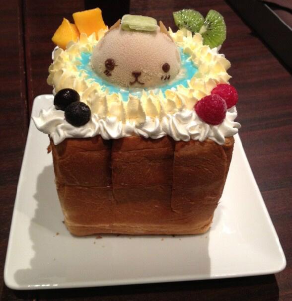 【TRYWORKSより】9月20日(金)より展開されている「カピバラさんハニトー」、皆様はもう食べられましたか?ハニトーの上に可愛く乗っているカピバラさんは紅茶味で、温泉の味は・・・。気になる方は是非この機会にご賞味くださいね!!