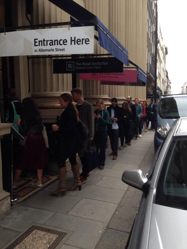 RT @drewb: Queuing for the @battenhall #smw event #smwwhatsnext http://twitter.com/drewb/status/382042005510950913/photo/1