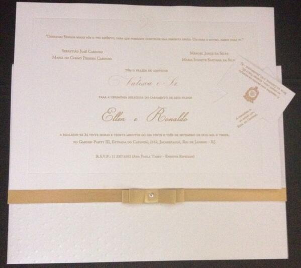 E hoje acontece o casamento dos meus amigos @naldobenny e @moranguinhoreal ! http://twitter.com/valescapgaiola/status/382146865854050305/photo/1