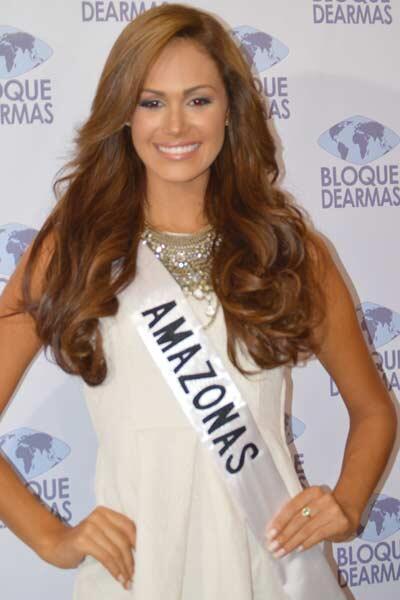 #Farandula Miss Amazonas @MissVzla Debora Menicucci http://twitter.com/MeridianoTV/status/382227573276569600/photo/1