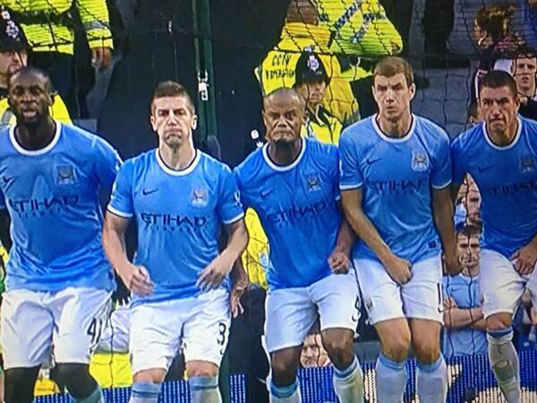 Vincent Kompany doing his best Phil Jones impression in the Manchester Derby (via @TSBible)
