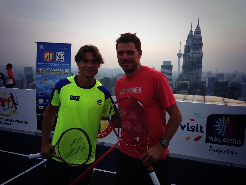 Stanislas Wawrinka y Roger Federer - Página 5 BU7j7vPCcAAg0wR