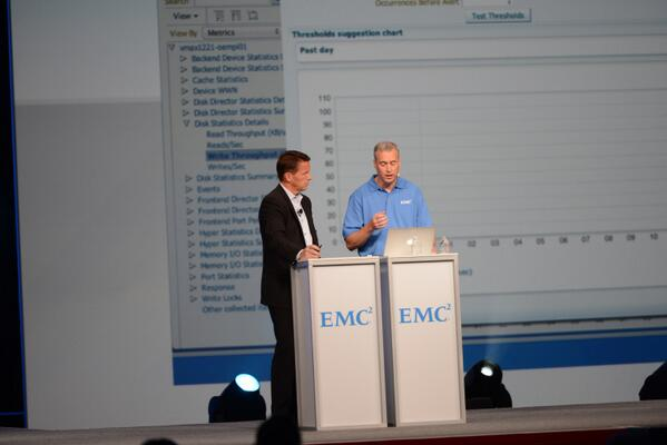 .@jburton shows DBAs how easy it is to optimizing backups using @EMCDataDomain #EMC #OOW13 http://twitter.com/EMCcorp/status/382529665870471169/photo/1