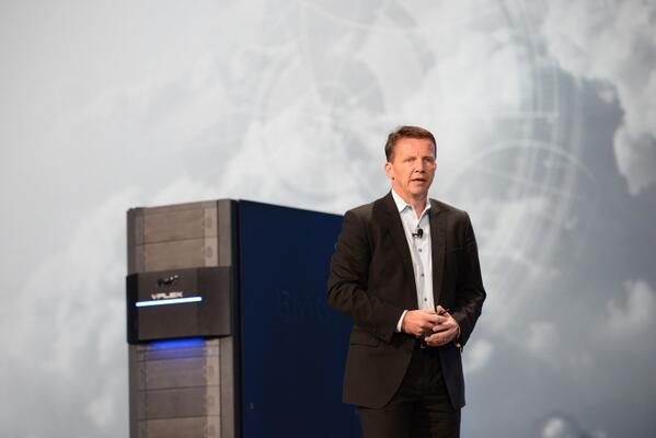 """Our partnership with Oracle helps to make our technologies easily consumable in the Oracle environment."" #EMC #OOW13 http://twitter.com/EMCcorp/status/382535683899809794/photo/1"