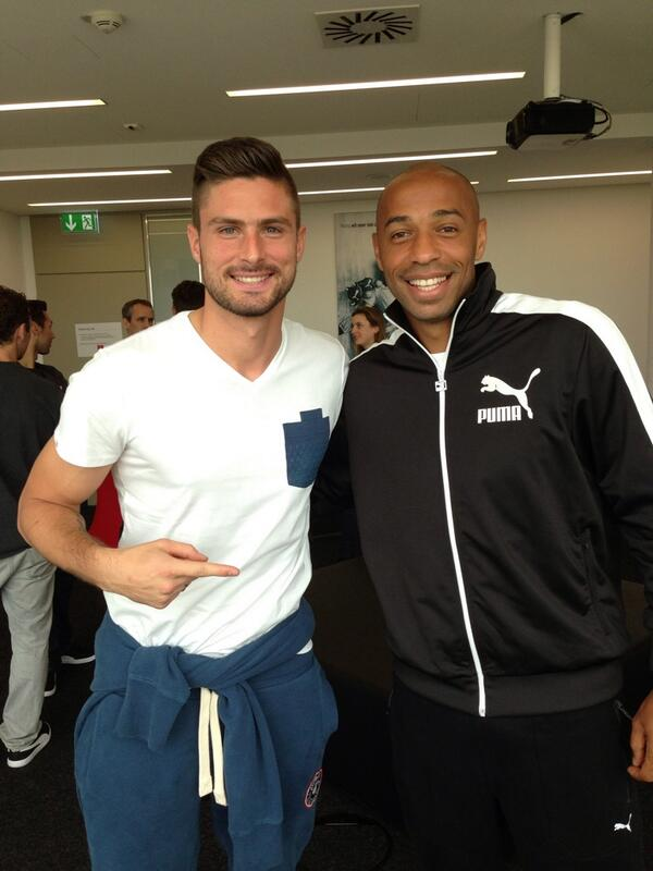 Arsenal strikers past & present: Olivier Giroud & Thierry Henry