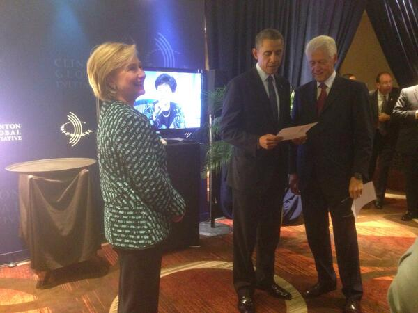 Backstage at #CGI2013 with @HillaryClinton & President Obama. Great discussion today on health care and the economy. http://twitter.com/billclinton/status/382631951149957120/photo/1