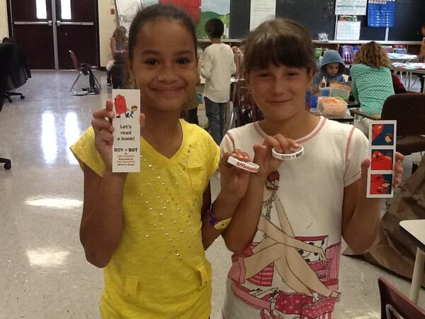 Do we like our bracelets Affirmative! Thank you so much. Maja and Essence @AmeDyckman http://t.co/An6tcOo5Lm