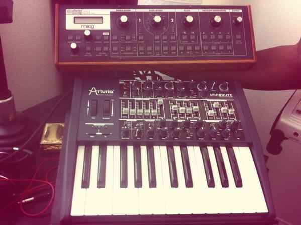 Akai MPC Forums - Table Top Synth Stand? (minibrute & slim phatty
