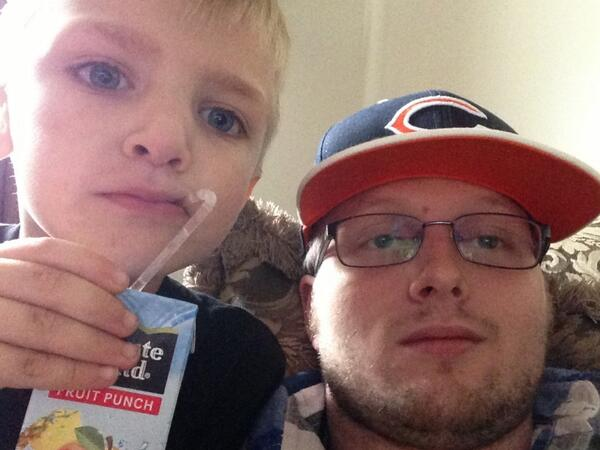 @ChicagoBears About to watch the Bears beat the Vikings with the the little man!!!!