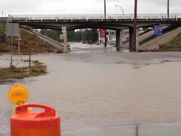 Flood waters under bridge off Barlow in Ft Morgan. #coflood @CBSDenver http://twitter.com/HeatherCBS4/status/379295448206704641/photo/1
