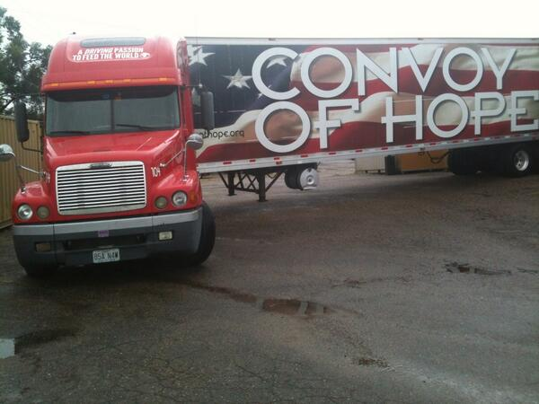 @ConvoyofHope truck being unloaded for folks affected by flooding in Colorado #convoyofhope #boulderflood  #hopeis http://twitter.com/rich11568/status/379384755440984064/photo/1