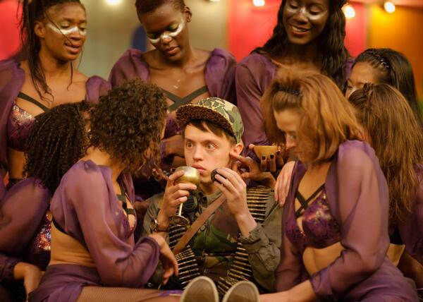 .@ColinRyan a soldier in the amidst of some luscious maenads #LightningChild (c) Simon Kane http://twitter.com/The_Globe/status/379596243346800640/photo/1