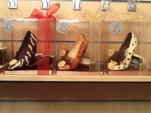 @trishaashley is this where you got them from? RT @Benjaminleechoc Some more of my mouthwatering #chocolateshoes http://t.co/bjVyZS94Zl