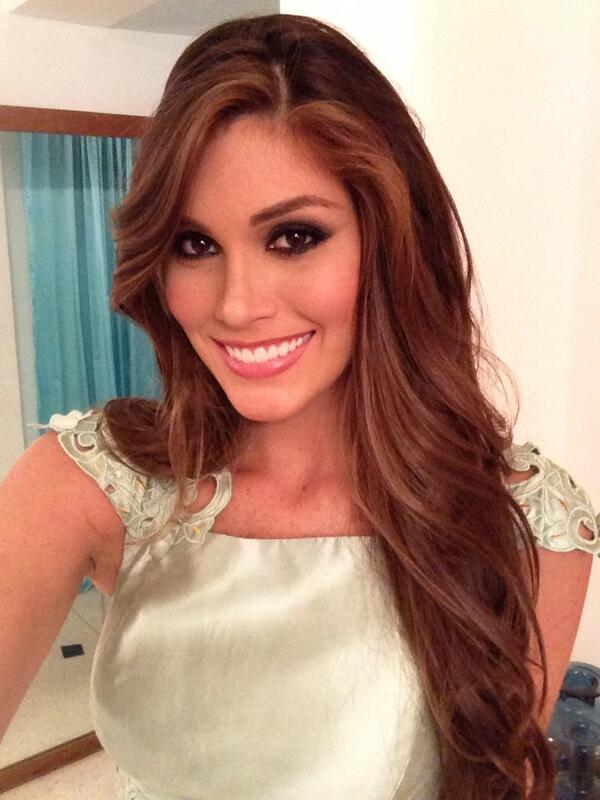 María Gabriela Isler- MISS UNIVERSE 2013- Official Thread BUc22dhCMAAeMLX