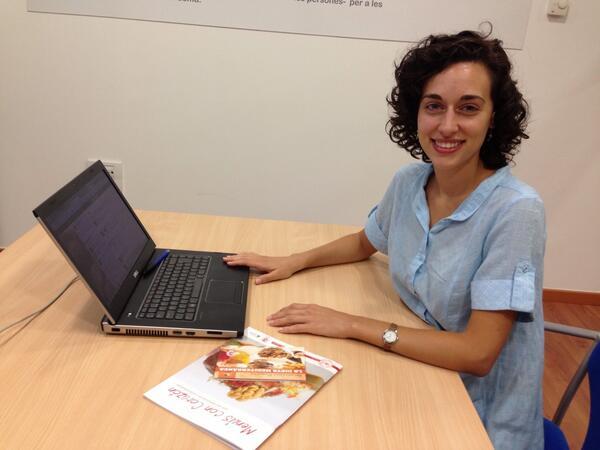Hola, soy Júlia Farré. ¿Tienes alguna pregunta sobre los beneficios del #omega3? #NuezOmega3 http://twitter.com/NuezCalifornia/status/380353904191365123/photo/1