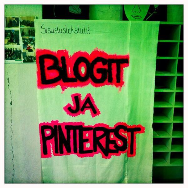 #kiltatapahtumat Sisustustekstiilit -tutkinnon opiskelijat käyttävät blogeja ja Pinterestiä apuna opiskelussa http://twitter.com/PauliinaMakela/status/380611771775467520/photo/1