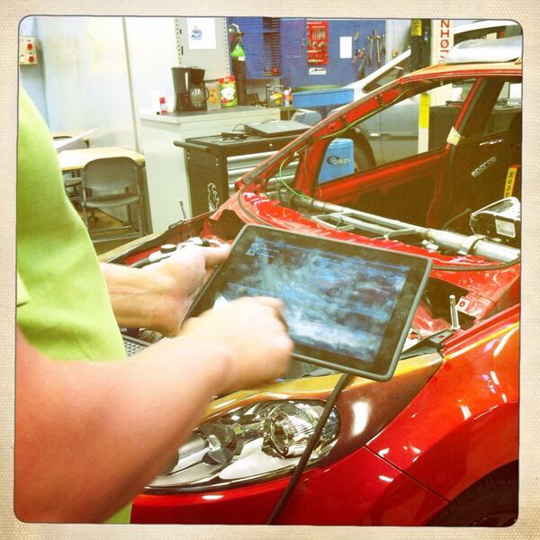 #kiltatapahtumat Ohjatulla kierroksella - Asentajakilta - iPad opetuksessa http://twitter.com/PauliinaMakela/status/380596495130451968/photo/1