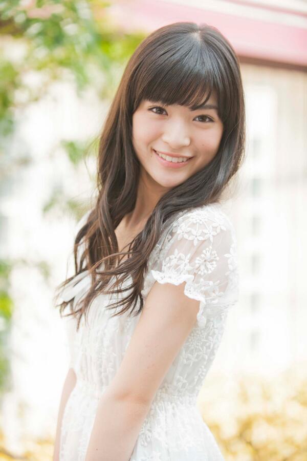 お嬢様スタイルな優希美青。