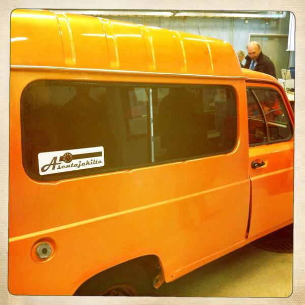 #kiltatapahtumat Ihana oranssi auto! Asentajakilta http://twitter.com/PauliinaMakela/status/380602616863916032/photo/1