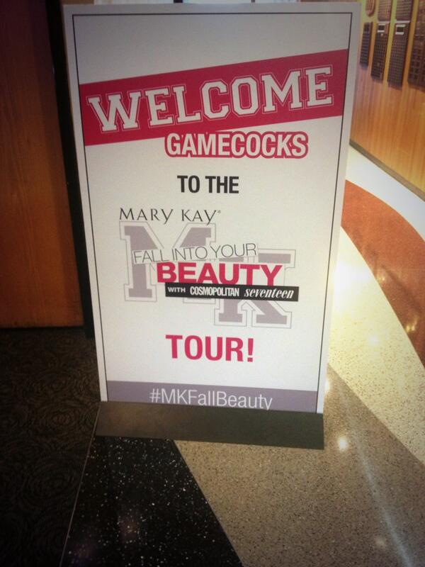 Gamecocks we are here! Come to Russell House Ballroom Section C for a fab day with Mary Kay! #MKFallBeauty http://t.co/JyXIlua8hg
