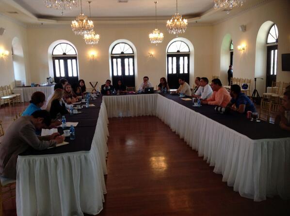 Colaborando proyecto #InnovacionCiudadana @SEGIBdigital equipo Cumbre Jefes de Estado Iberoamerica Panama 2013 http://t.co/hRxCgELd2N