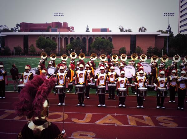 Here with @uscdrumline @USCTMB t