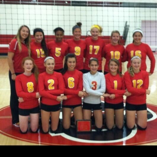 2013-14 DuQuoin Frosh Volleyball Tournament Champions!<br>http://pic.twitter.com/H4QpFrnpSM